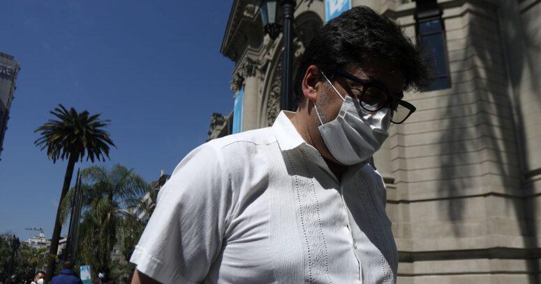 """Daniel Jadue reconoce buena gestión del Gobierno por plan de vacunación y agradece que """"las vacunas hayan llegado"""""""