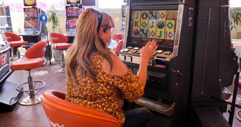 Gobierno cede ante reclamo de casinos y confirma reapertura desde fase 2