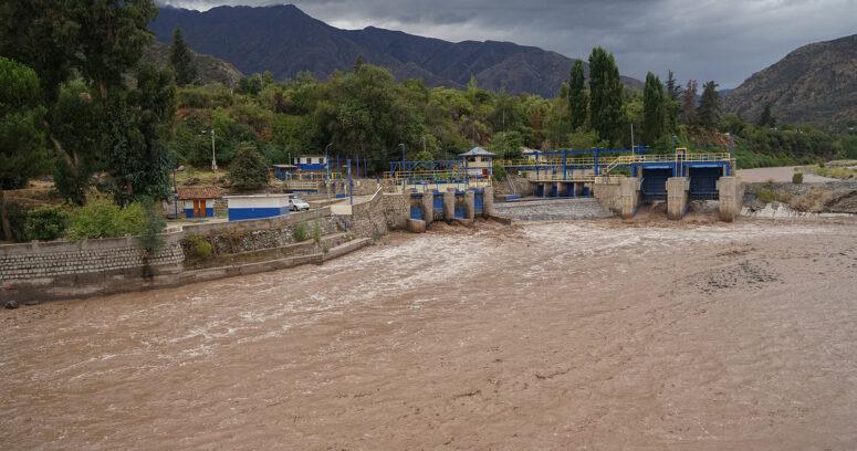 """Los nuevos desafíos para la producción de agua potable que generaron el efecto del """"río atmosférico"""""""
