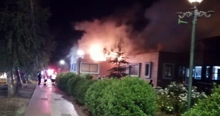 """""""Detienen a 12 personas por incendio en Municipalidad de Villarrica"""""""