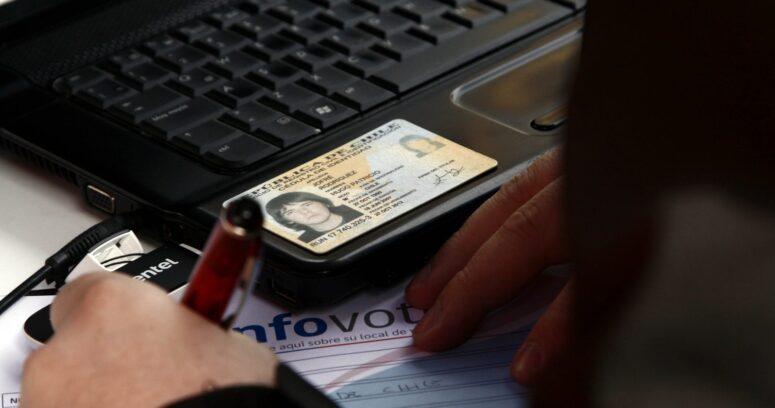 Gobierno extiende vigencia de cédulas de identidad vencidas en 2020 y 2021