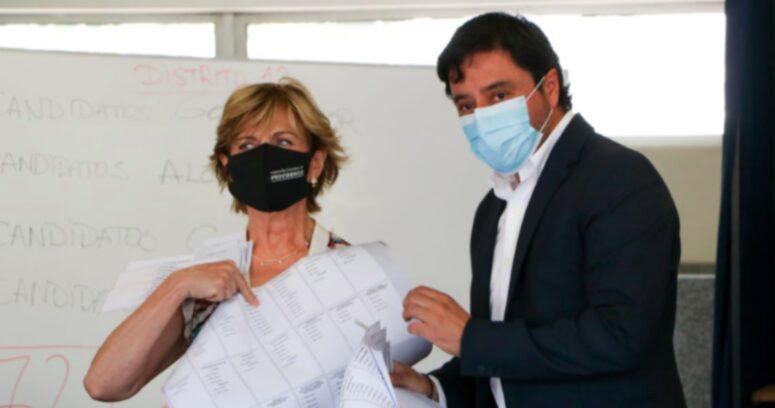 Matthei y Carter piden separar en dos fines de semana las elecciones del 11 de abril