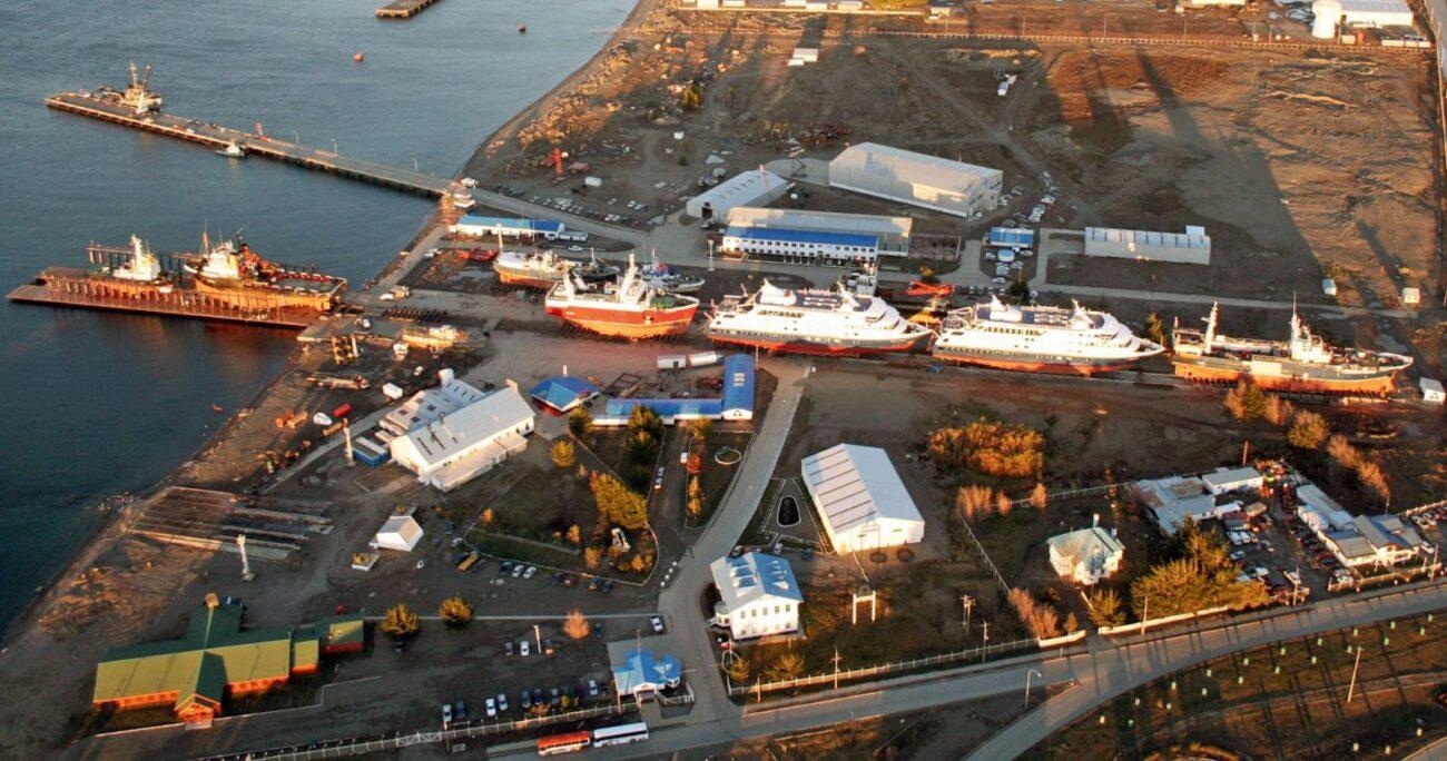 Las instalaciones del recinto de la Armada en Magallanes. Foto: Asmar