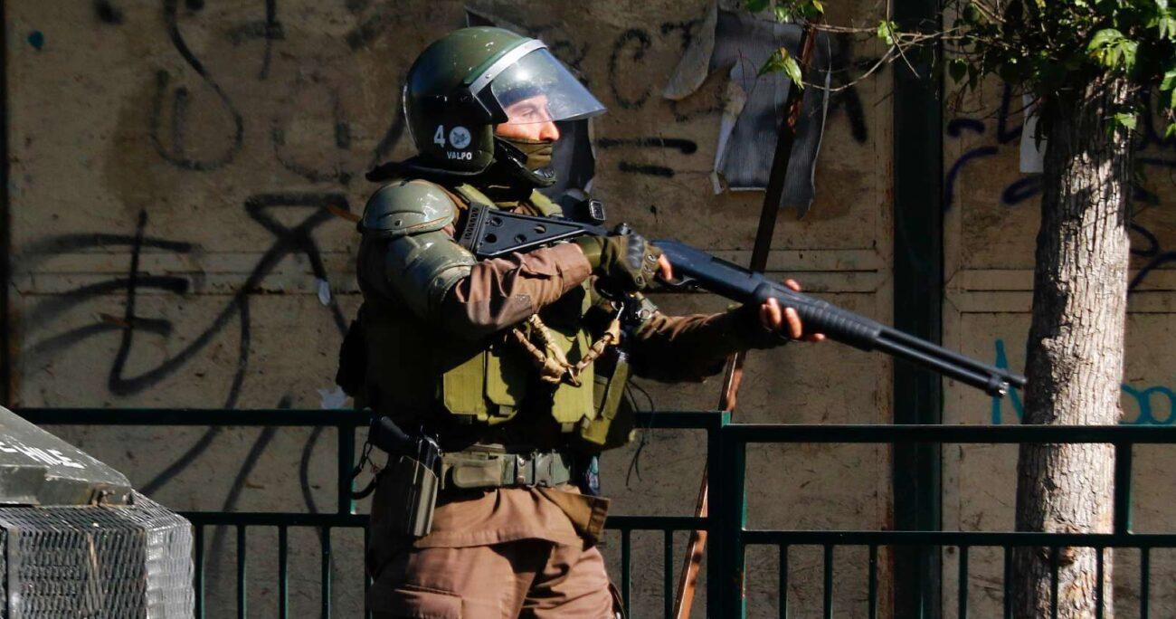 El máximo tribunal declaró en el fallo que el actuar de la policía no puede ser resuelta por esta vía. (Agencia Uno/Archivo).