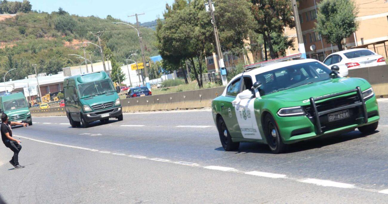 Jorge Escobar llegando a la cárcel El Manzano. (Agencia Uno).