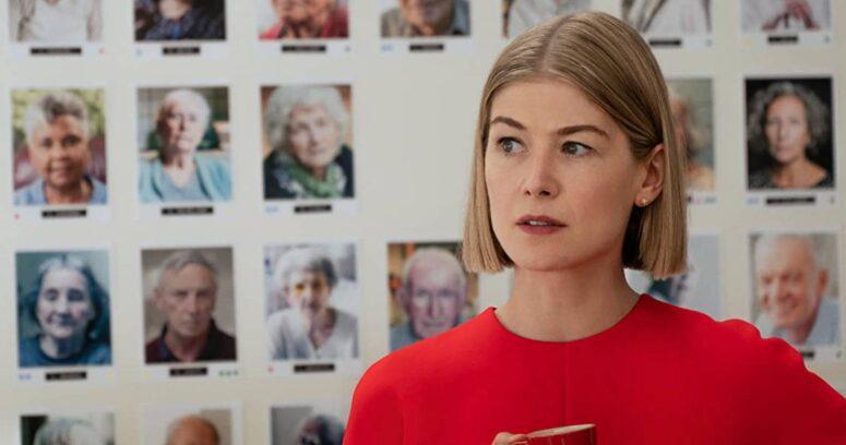Descuida, Yo Te Cuido: Rosemund Pike llega a Netflix como estafadora