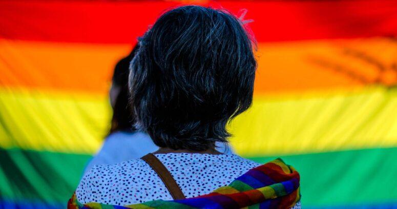 """""""Pareja sufrió ataque lesbofóbico en Coronel: una de ellas murió apuñalada"""""""