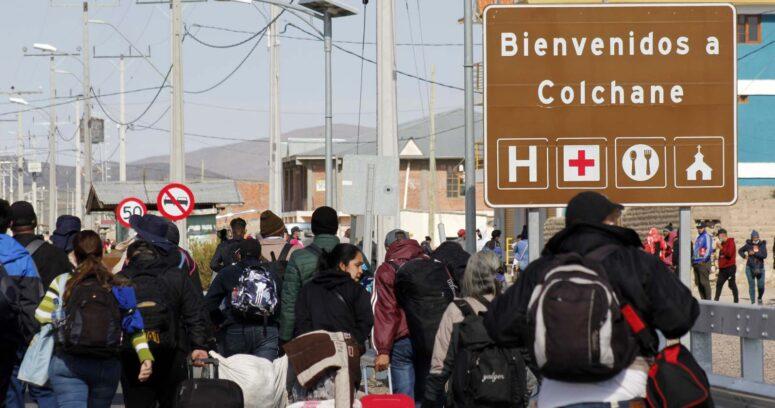 """""""Encuesta Cadem: 60% cree que llegada de inmigrantes es malo para el país"""""""