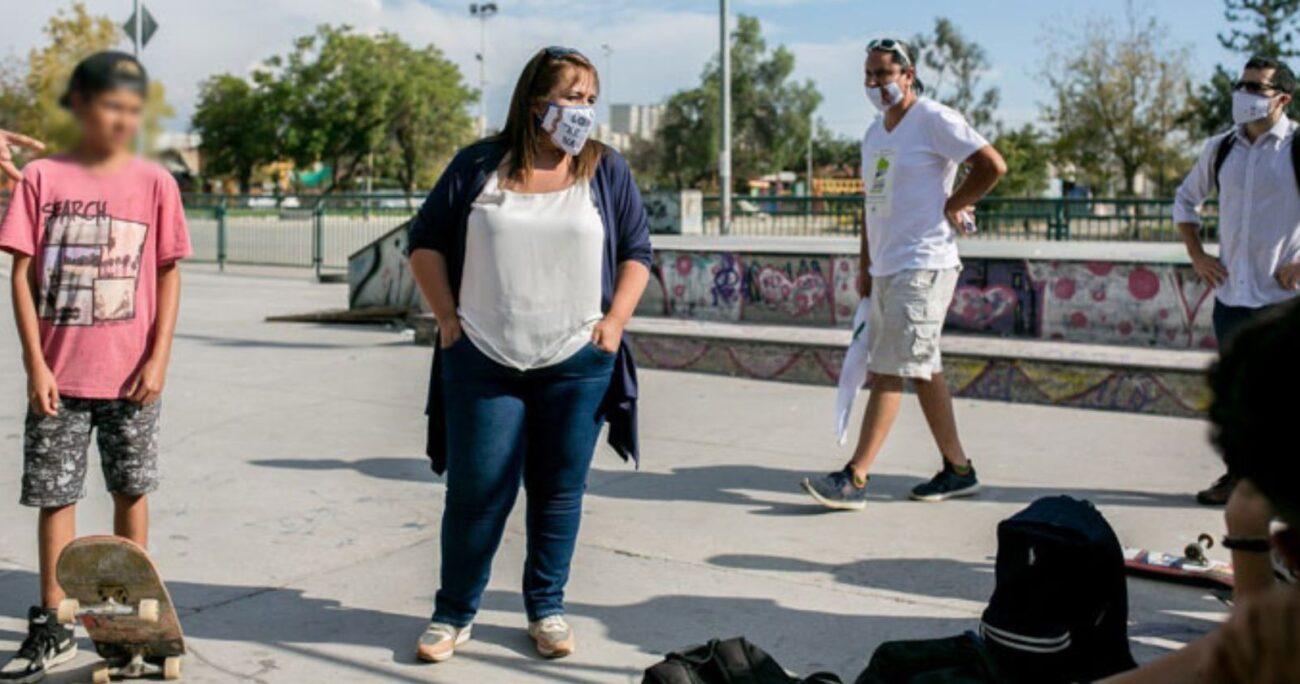 Lorena Meneses buscaba concientizar a la población sobre el distanciamiento social cuando se accidentó. (Comando candidata).