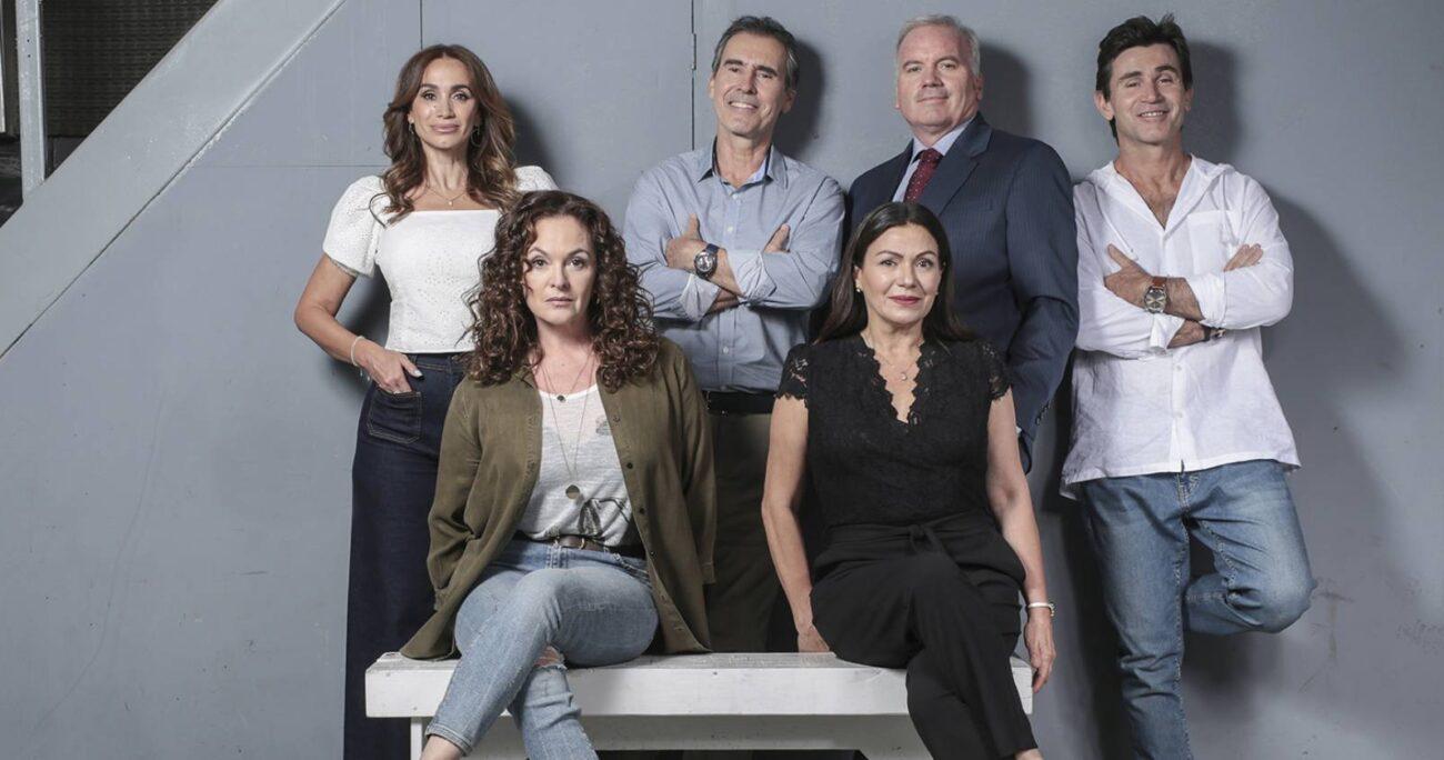 Con este avance de 25 años en la historia, el elenco de la teleserie cambiará completamente. (Mega).