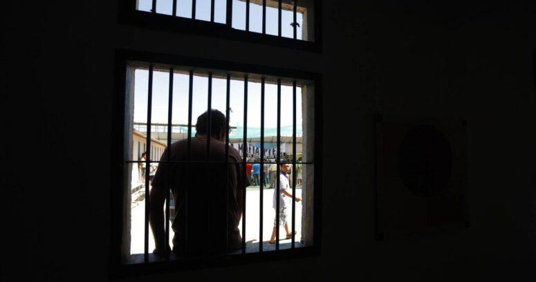 """""""Presos por colocación de bombas y delitos terroristas inician huelga de hambre líquida"""""""