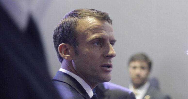 Macron extiende confinamiento a toda Francia y anuncia cierre de escuelas