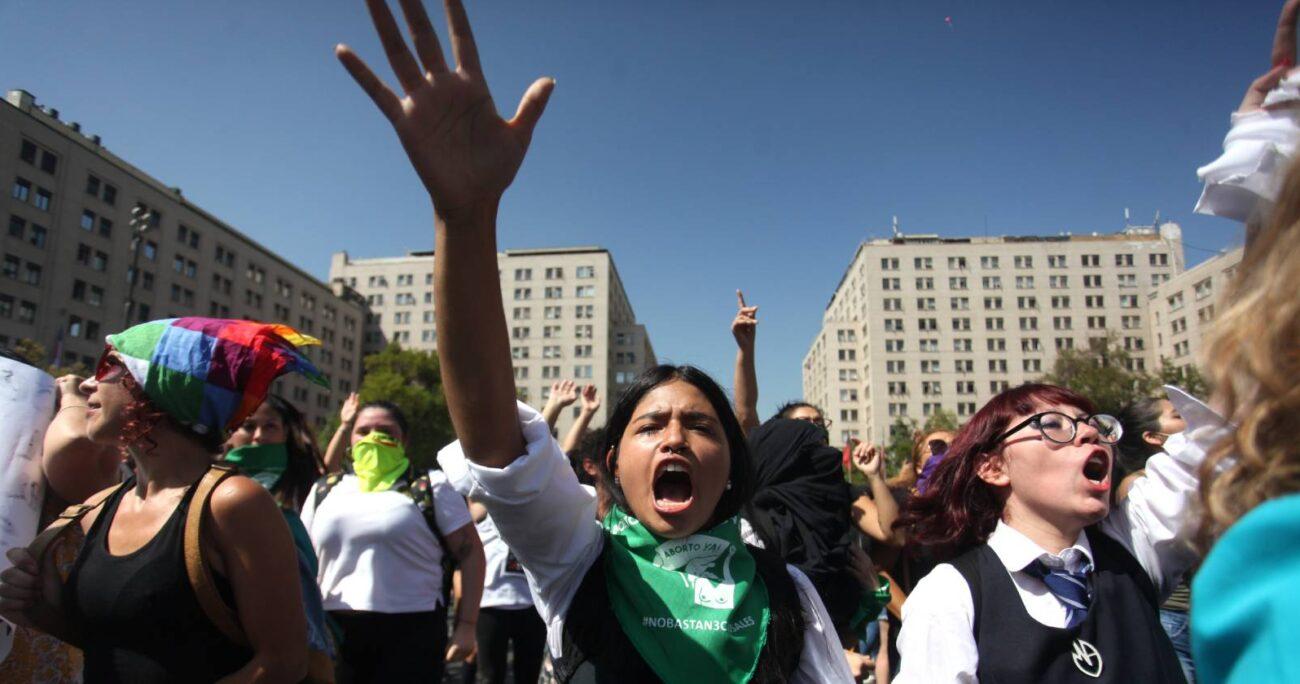 Marcha en conmemoración al Día Internacional de la Mujer en Santiago, 2020 (Agencia UNO/Archivo)