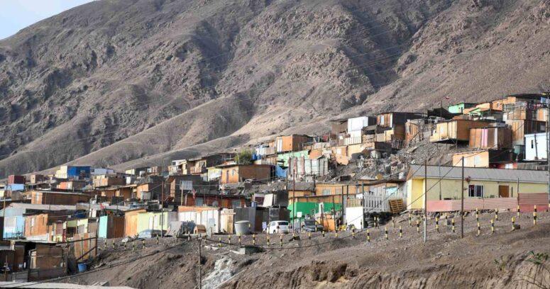 Las razones que explican el aumento de tomas en Chile