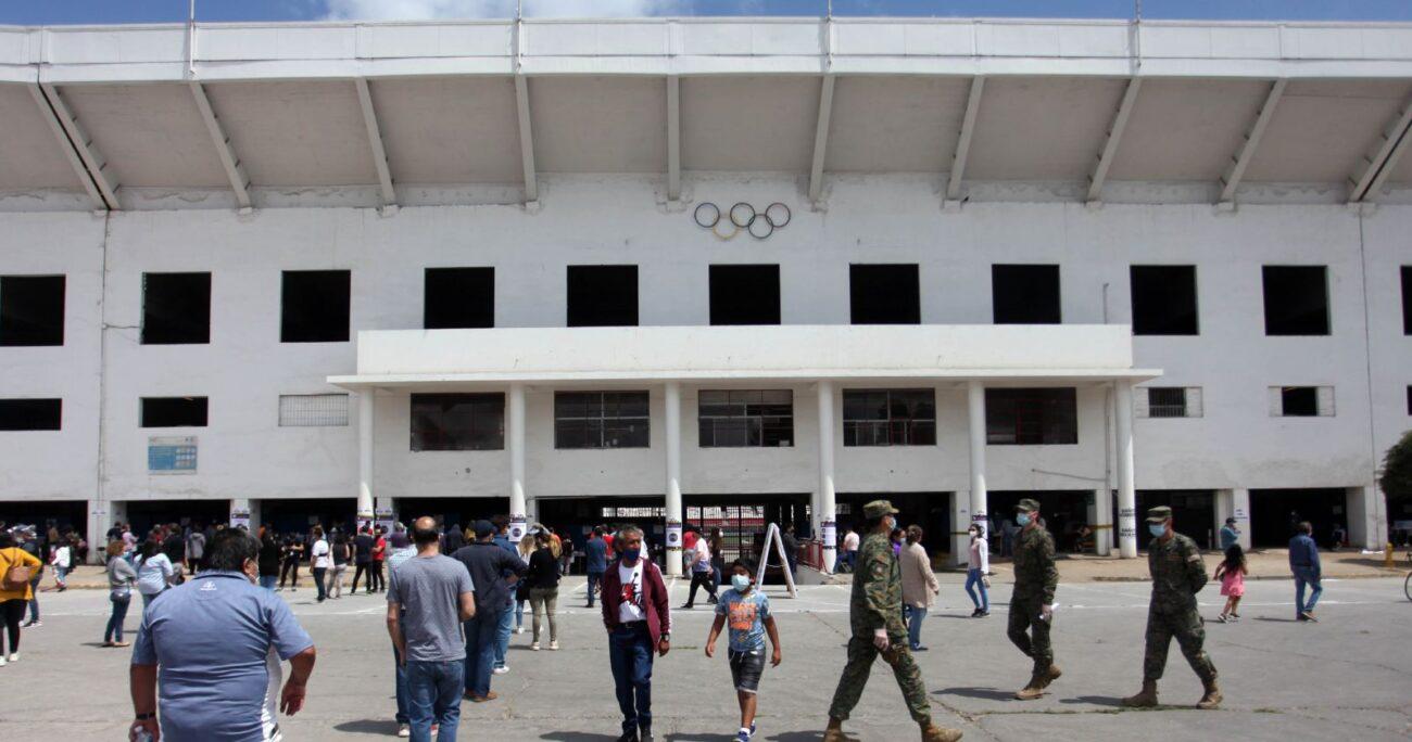 El Estadio Bicentenario de La Florida tampoco estará habilitado para votar. (Agencia UNO/Archivo).
