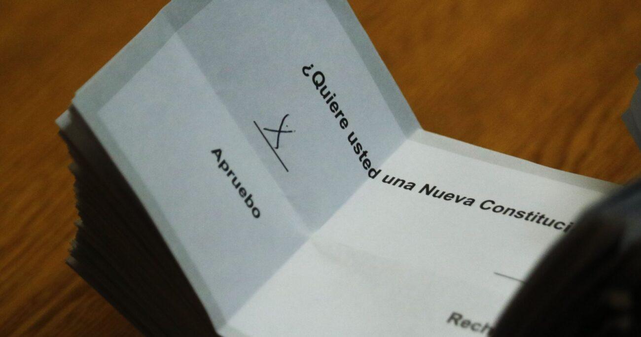 En tanto, los vocales de mesas recibirán un bono de 60 mil pesos por los dos días de elecciones. Foto: Agencia UNO/Archivo