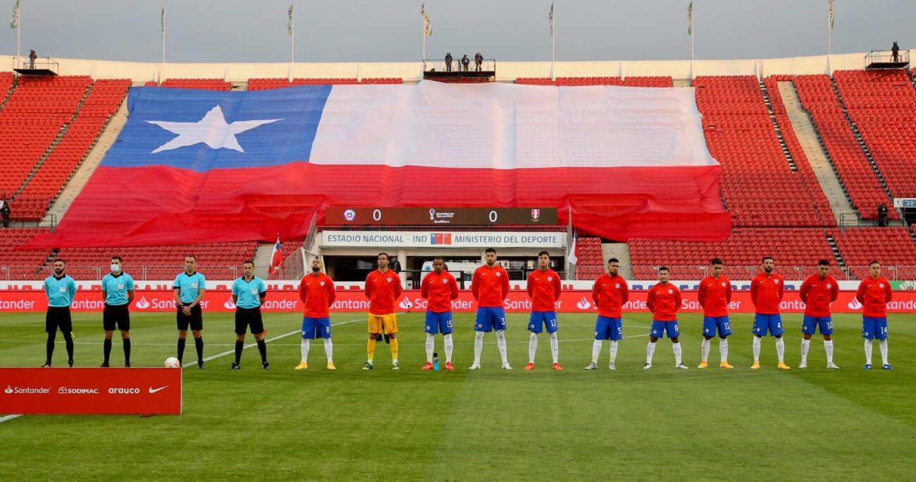 La Roja debía recibir a Paraguay el 25 de marzo y, cinco días después, tendría que enfrentar a Ecuador en Quito. Foto: Agencia UNO/Archivo