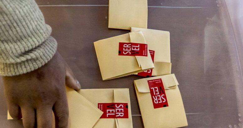 Listas con menos de un segundo: CNTV informa distribución de franja para candidatos a constituyentes