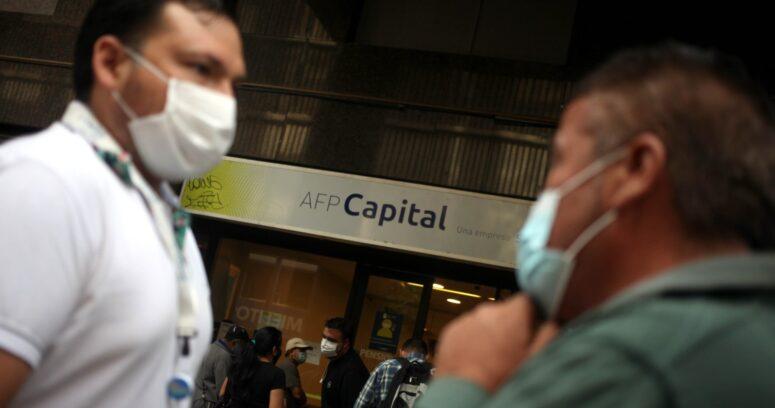 """""""Ipsos: 76% de los chilenos está a favor de tercer retiro de fondos previsionales"""""""