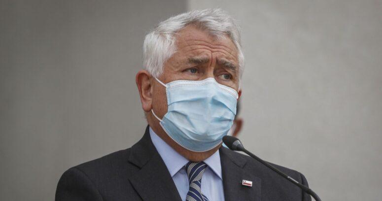"""""""Ministro Paris negó falta de dosis en Osorno tras suspensión de vacunación"""""""