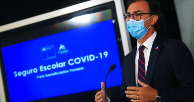 Mineduc y Fonasa anuncian Seguro Escolar Covid para estudiantes