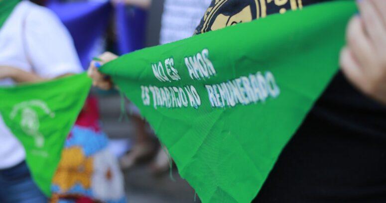 """Colegio Médico muestra reparos a marchas del 8M: """"No es recomendable que se generen aglomeraciones"""""""