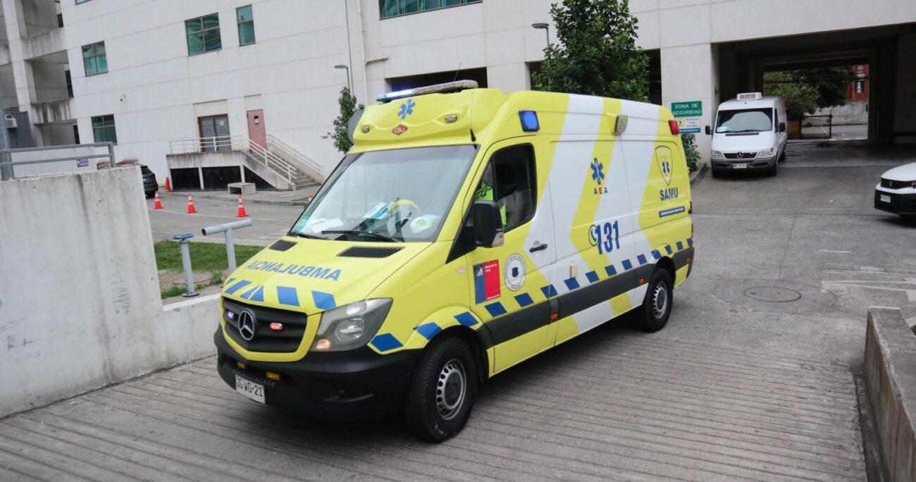 Una ambulancia trasladando a un paciente con COVID-19. (Agencia Uno/Archivo)