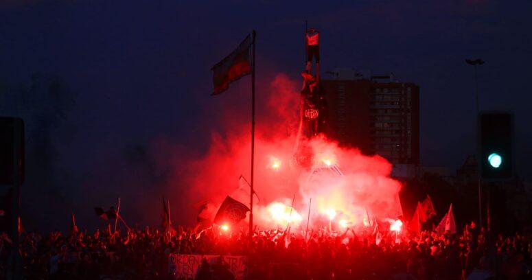 Ministro de Defensa expresa su rechazo a quema de estatua de Baquedano