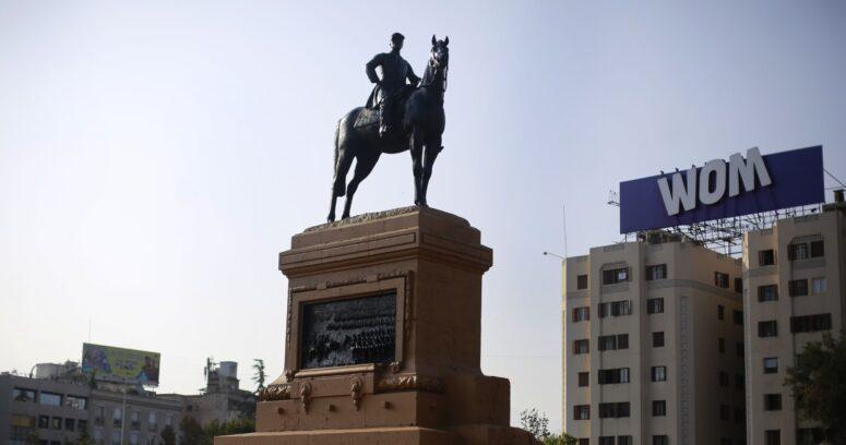"""""""Antidemocrático y deliberante"""": Jadue pide salida del jefe del Ejército"""