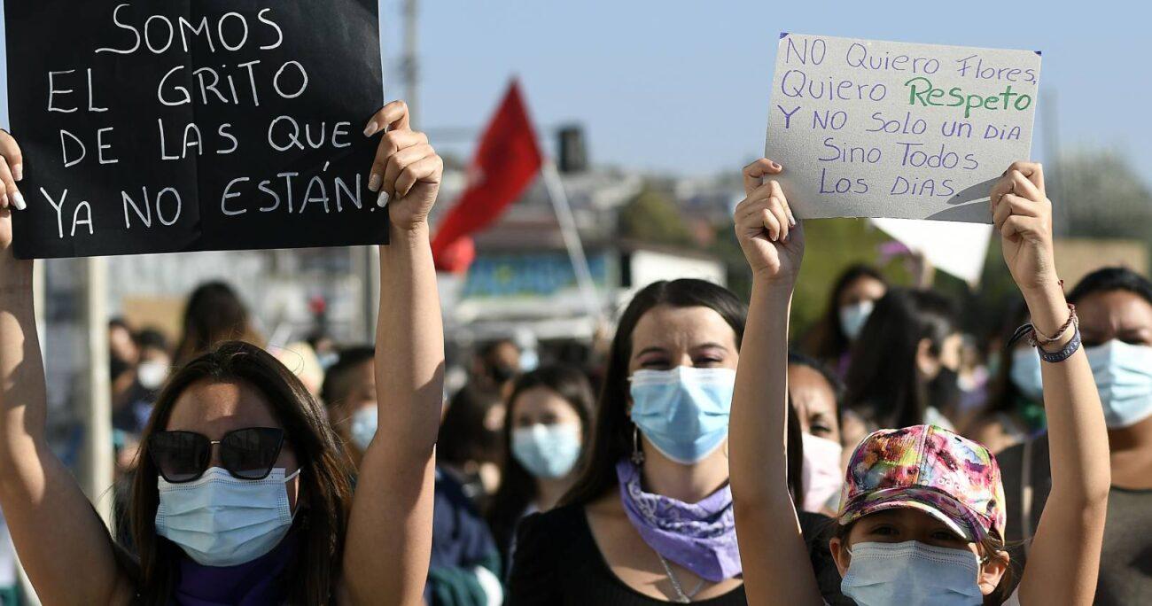 Marcha en conmemoración al Día Internacional de la Mujer en Quilpué (Agencia UNO/Archivo).