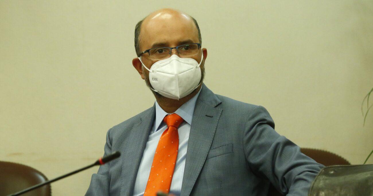 Marcos Ilabaca es el nuevo presidente de la Comisión de Constitución tras la salida de Matías Walker. (Agencia UNO/Archivo).