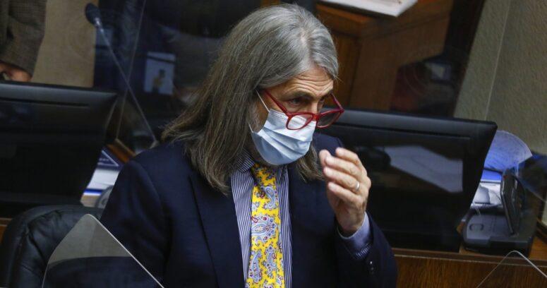 """""""Letelier pide pronunciamiento de mesa del Senado por indicaciones a reforma previsional"""""""