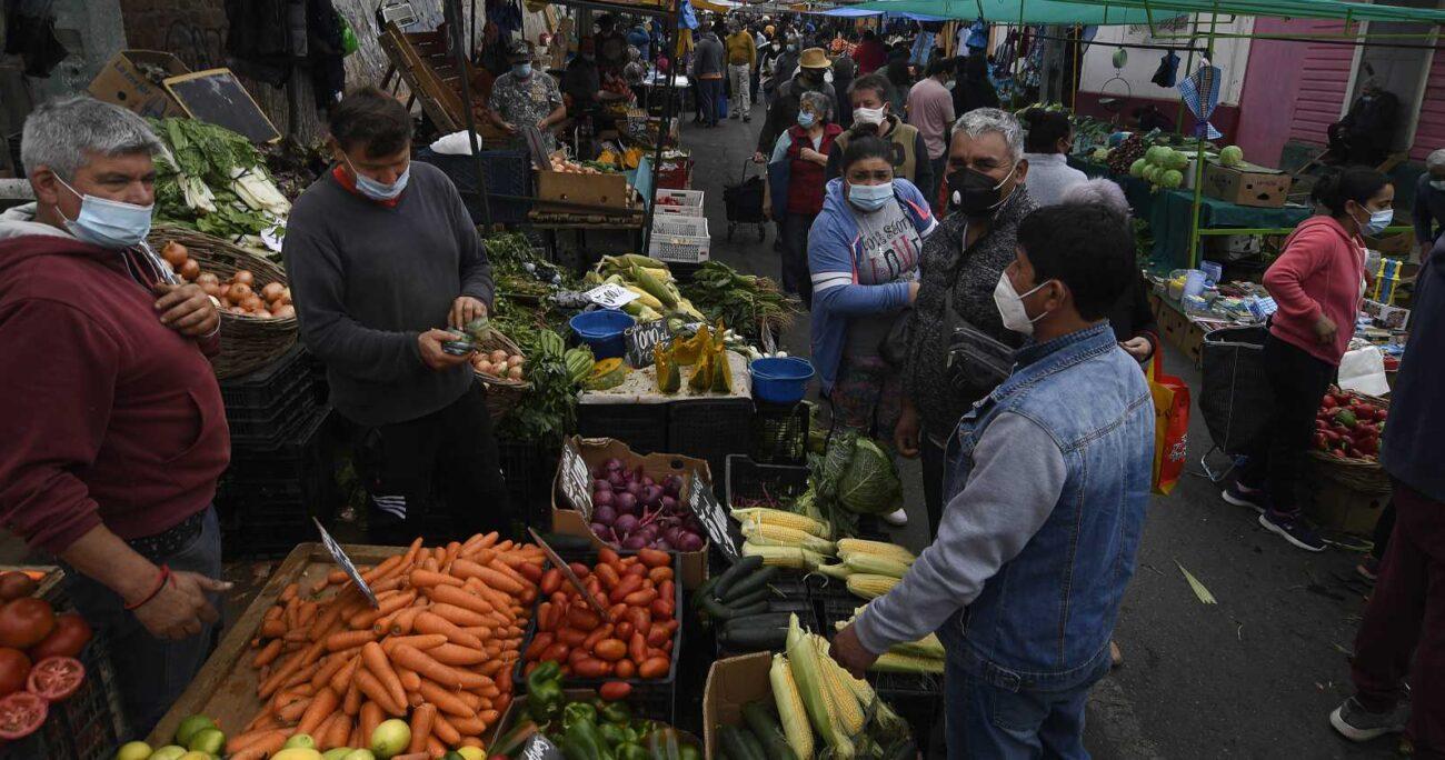 Paula Daza instó a la población a comprar vía delivery. Foto: Agencia UNO/Archivo