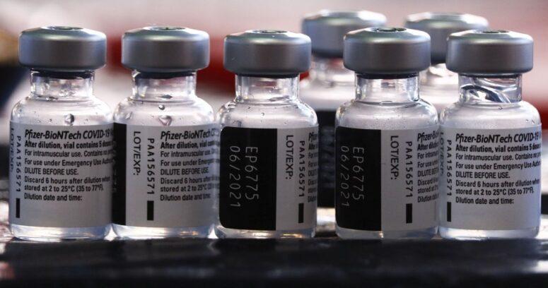 Chile recibe nuevo cargamento con más de 187 mil vacunas de Pfizer