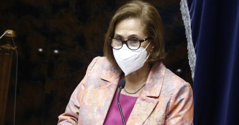 Adriana Muñoz se despide de mesa del Senado destacando récord legislativo