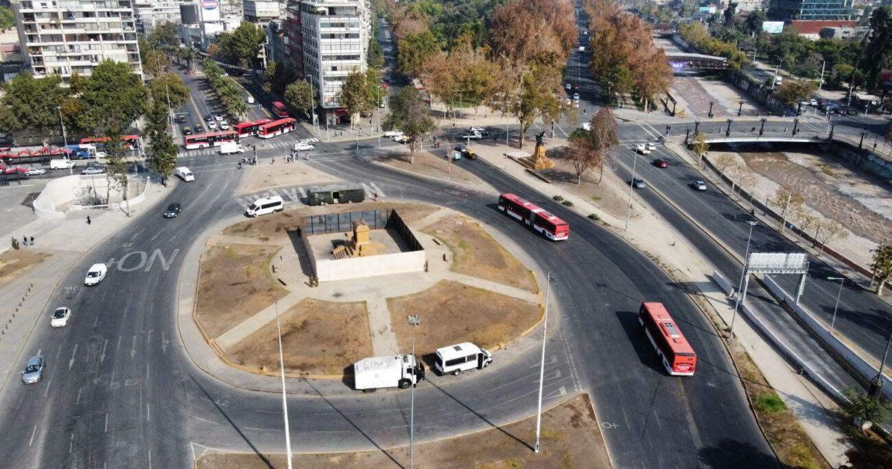 El sector de Plaza Baquedano en el inicio de la cuarentena del jueves. (Agencia UNO)
