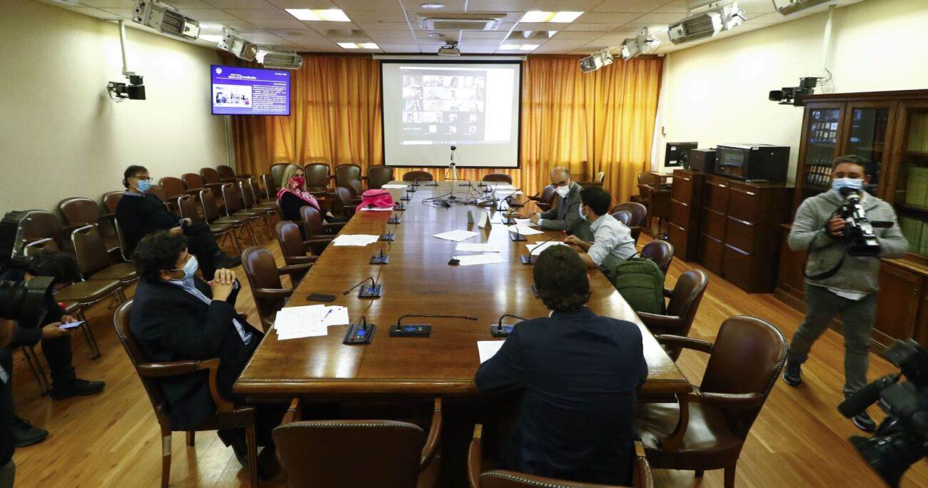Consultada sobre este episodio, la diputada del partido Humanista, Pamela Jiles, respaldó a Ilabaca. Foto: Agencia UNO