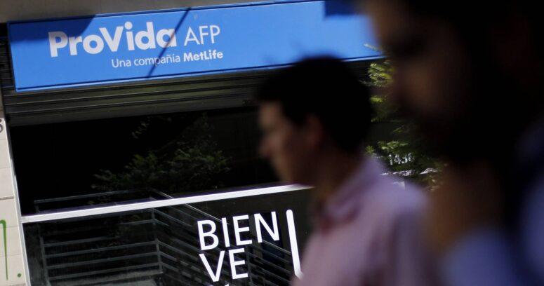 Querella contra AFP Provida por no pago de retención por deudas alimenticias