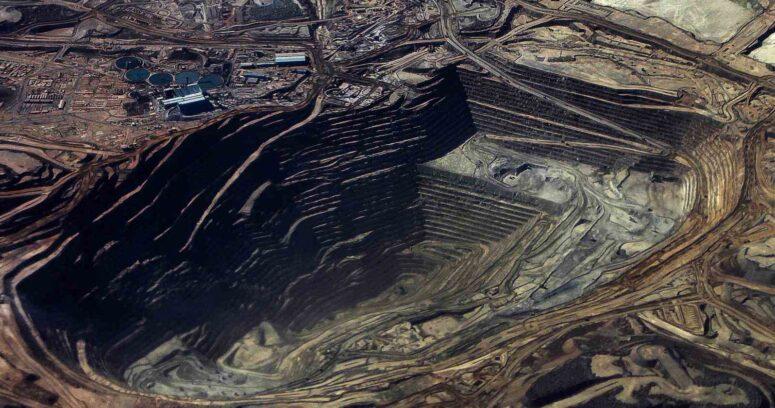 Bancada DC anuncia apoyo a proyecto de royalty minero para cobre y litio