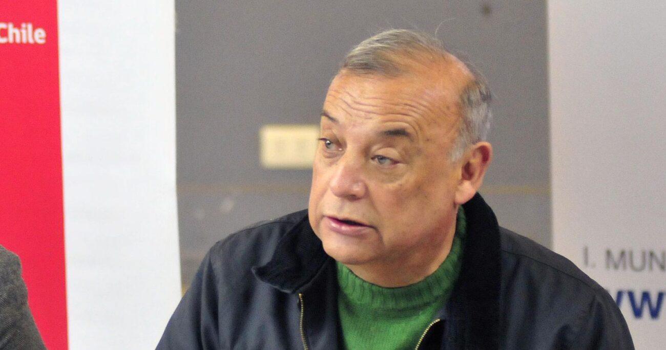 El alcalde de Cerrillos envió una carta al timonel Alvaro Elizalde comunicando su decisión. Foto: Agencia UNO/Archivo