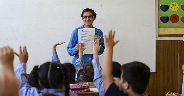 Matrícula en carreras de Pedagogía cayó un 29% en dos años