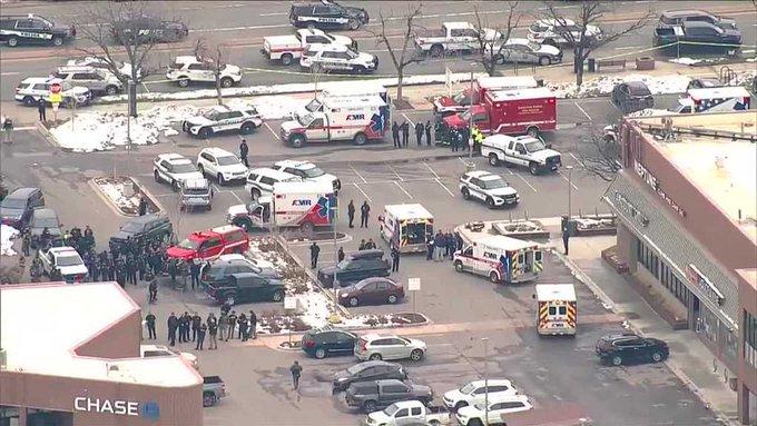 """""""EE.UU.: tiroteo en supermercado de Colorado deja varios muertos"""""""