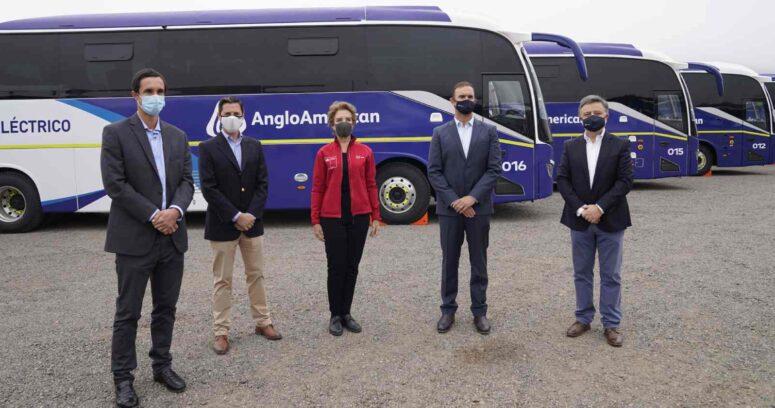 """Hutt ante presentación de la flota de buses eléctricos interurbanos más grande del país: """"Es un gran salto el que estamos dando"""""""