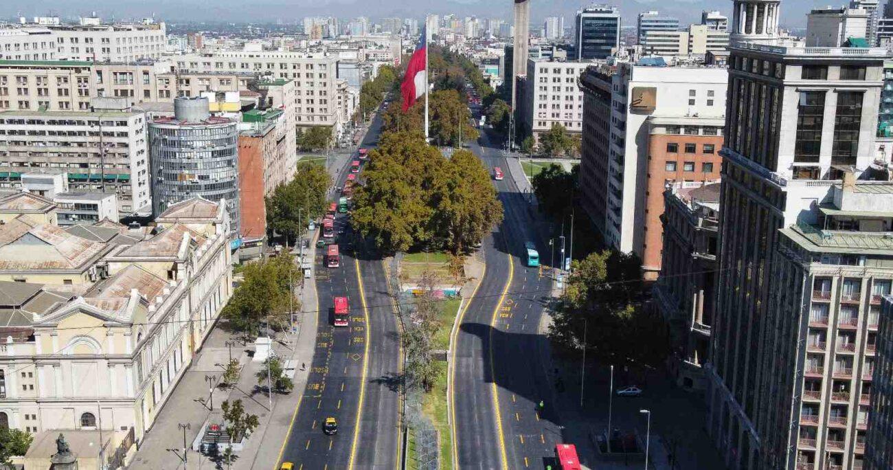 Desde este sábado, toda la Región Metropolitana cumple cuarentena. (Agencia Uno).