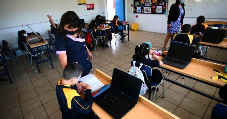 Otros dos colegios de la Región Metropolitana a cuarentena preventiva por casos COVID
