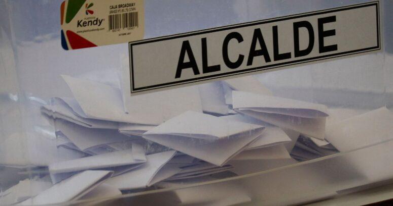 """""""Encuesta Cadem: 62% está a favor de postergar las elecciones de abril"""""""
