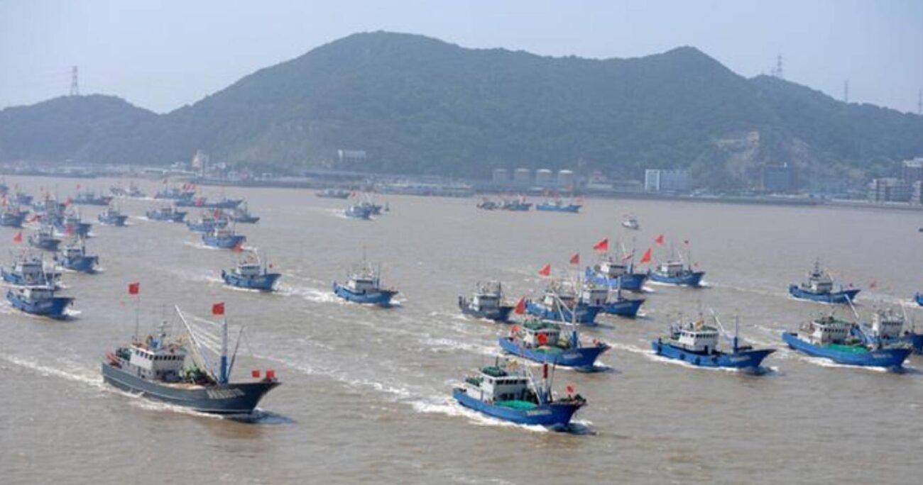 Pekín aseguró que sus  barcos pesqueros solo intentaban refugiarse del mal tiempo.(Captura de pantalla)
