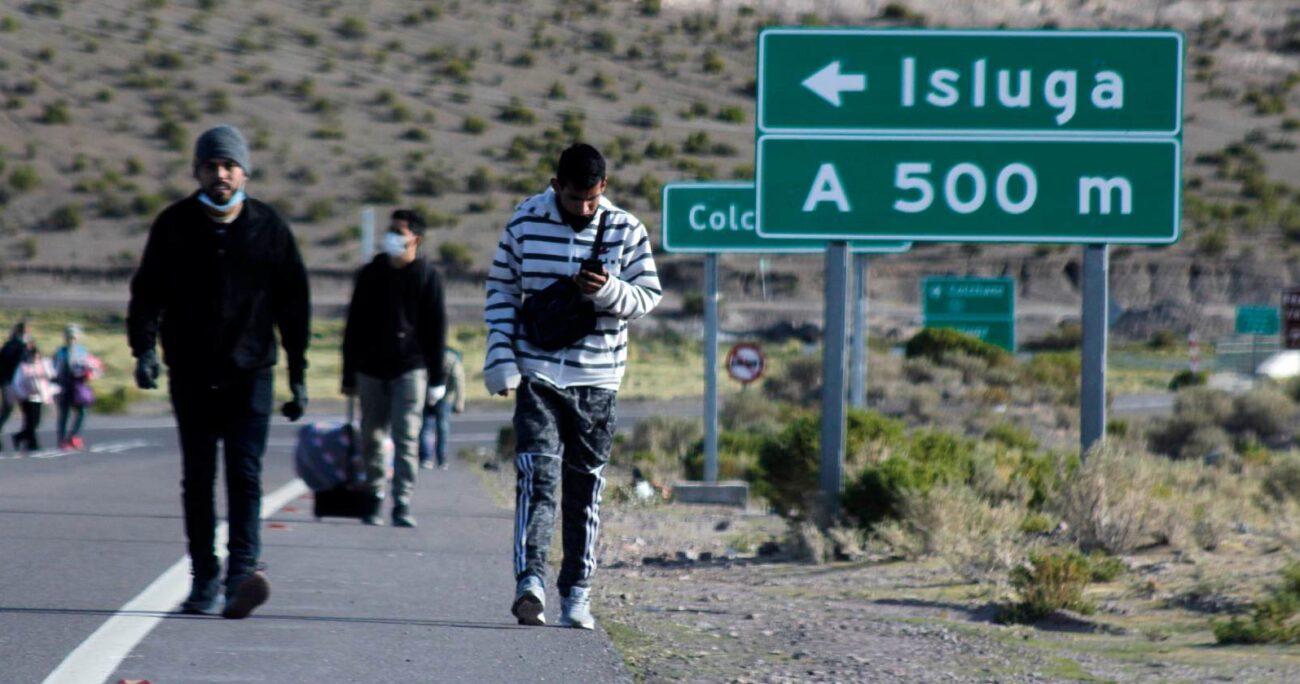 El grupo de migrantes fue detectado a la altura del hito 15 por personal del Ejército que estaba en el lugar, quienes denunciaron estos hechos a Carabineros. AGENCIA UNO/ARCHIVO