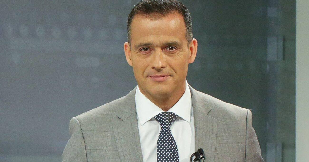 Iván Núñez, además, conduce la edición central de 24 Horas. (TVN).