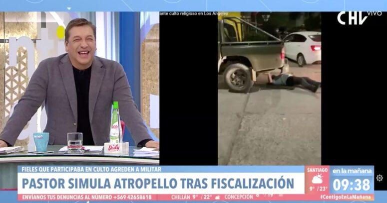 VIDEO – La incontrolable risa de Julio César Rodríguez con pastor que simuló ser atropellado